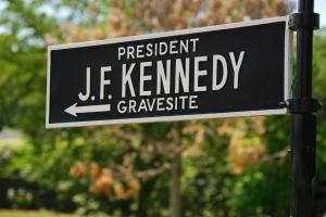 JFK_sign