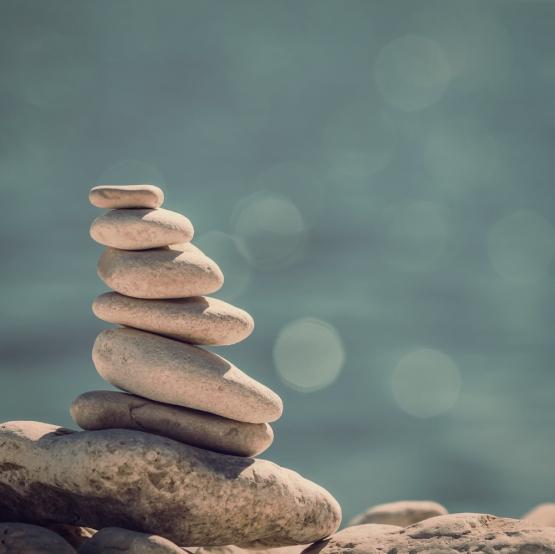 rocks-balanced-stack